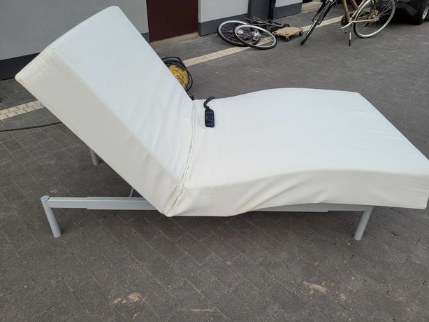 Łóżka podnoszone elektrycznie. 2 szt.