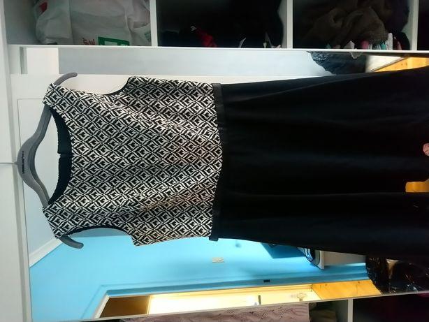 Sukienka roz. 40 czarna