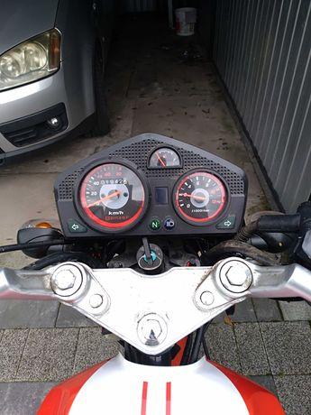 Motor Benzer GSR