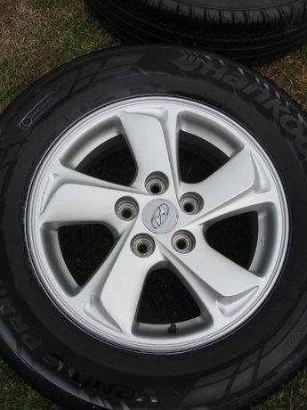 Hyundai I35 215/70/16 lato 5x114.3 wzorowe