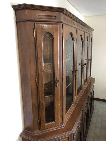 Armario vintage de sala de jantar de madeira, castanho