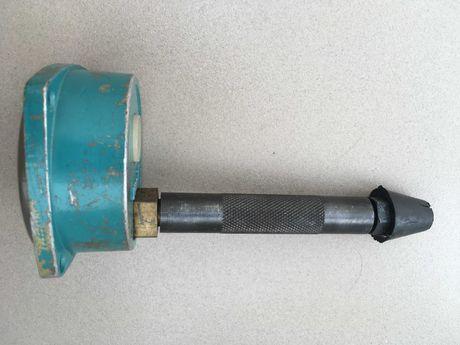Компрессометр прижимной до 60 атм Измеритель компрессии ДВС пр-во СССР