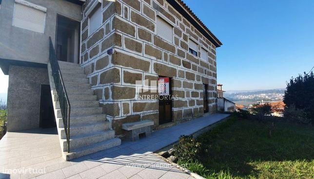 Venda Moradia V3 com 1700 m2 de Terreno, Alpendurada e Matos, Marco de