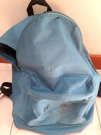Mochila azul de 25 litros