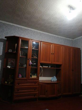 Продам стенку в очень хорошем состоянии