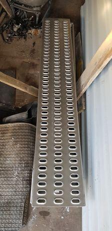 Nowe najazdy aluminiowe 2m