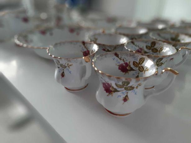 Porcelana IWONA różyczki