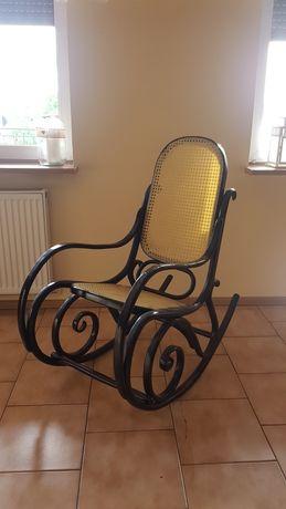 Fotel bujany drewniany