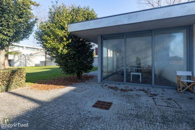 T4 *Master Suite* Jardim * Som Ambiente* Closet* 300m Praia * Foz