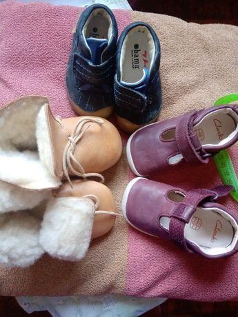 Пінетки теплі, кеди і туфлі-босоніжки