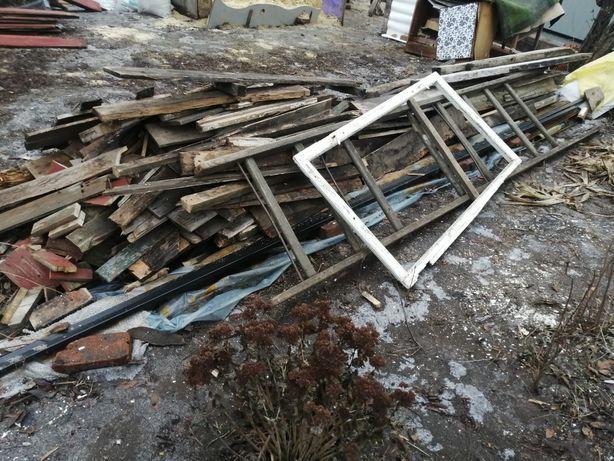 Продам доску на дрова, сумы, самовывоз помогу погрузить