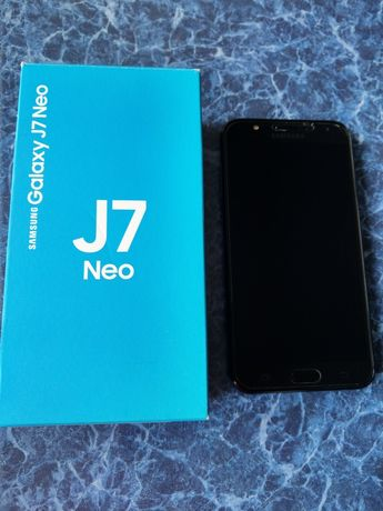 Samsung J7 neo 2018г. 1950гр,состояние нового.+ 2 чехла в подарок