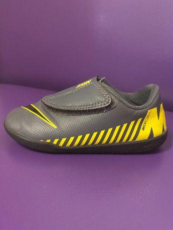 Дитячі кросівки Nike Mercurial 26 розміру, кеди, взуття, футзалки