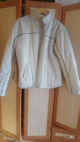 Biała kurtka zapinana na suwak rozmiar XL/XXL