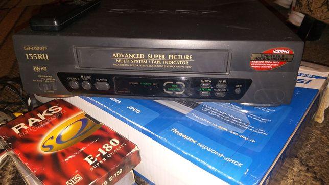 Видик, видеомагнитола, видеопроигрыватель Sharp + пульт