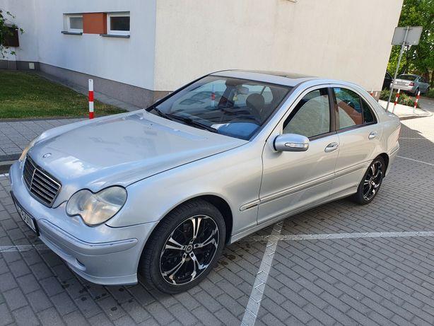 Mercedes c klasa 2.2 automat Avangarde Alu 18 petarda