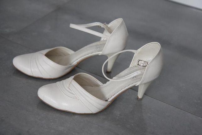 Buty skórzane ślubne MarkShoes rozm 38 białe