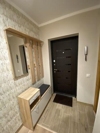 Затишна 2-х кімнатна квартира (D.I.M.)