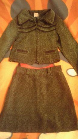Школьная форма (пиджак+юбка) темно зеленая