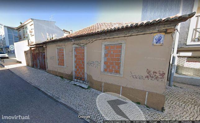 Terreno, 480 m², Cacém e São Marcos