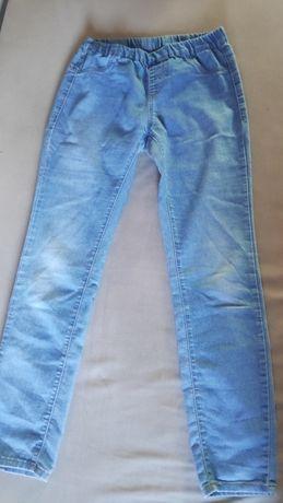 Spodnie z cieńkiego dżinsu na gumce