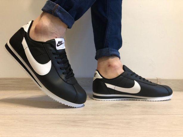 Nike Cortez. Rozmiar 41,42,43,44. Kolor czarny-białe logo,