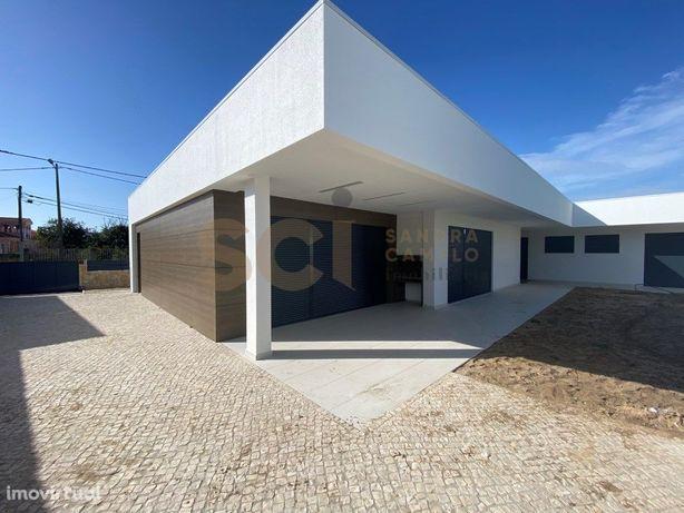 Moradia Luxo T4   Belverde   Lote 580 m2   perto Praia e ...