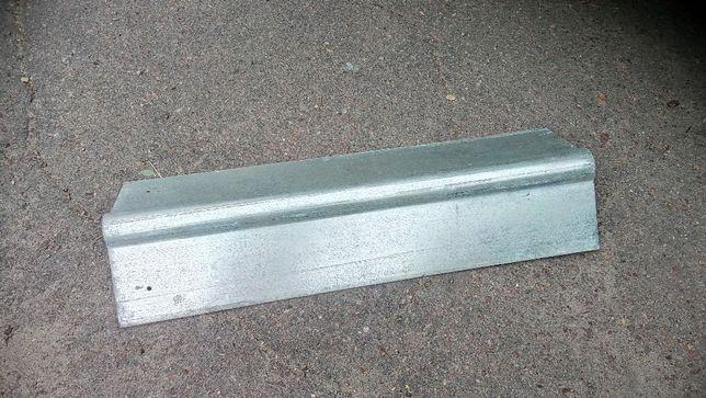 Продам металические оцинкованые коньки на крышу.