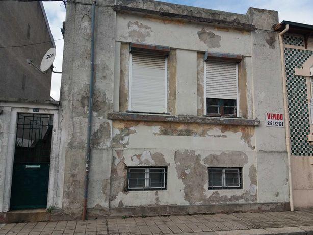 Vende-se Moradia - Pinheiro Manso