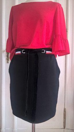 Modna czerwona bluzeczka
