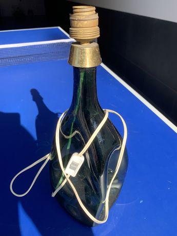 Vendo candeeiro garrafa so a base