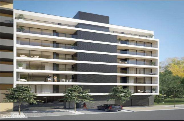 Varandas Park no Parque da Cidade / Apartamentos T3 Luxo (1 Poente)