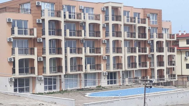 Болгария. Продам аппартаменты у моря. 2к.кв.4/5эт.новая постройка