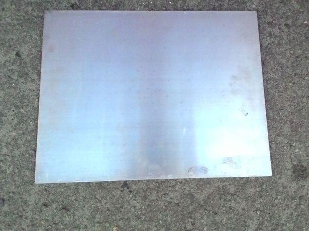 Листы алюминия размерами 515*400*2 в мм и другое.