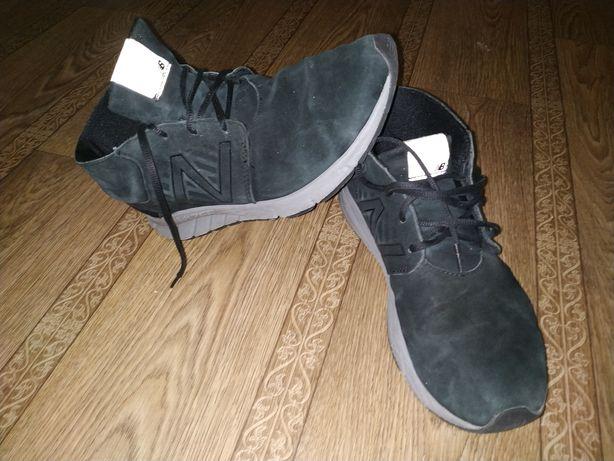 Кроссовки New Balance, размер 42.5