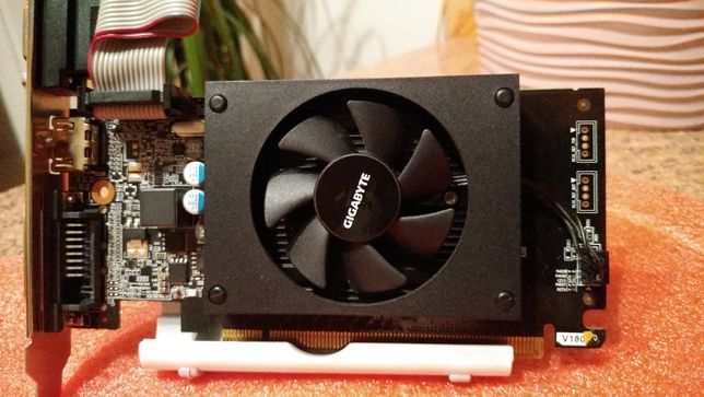Відеокарта Gigabyte GT710 2Gb DDR3 64bit, HDMI, DVI, VGA.