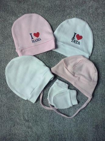 Zestaw czapeczek dla noworodka