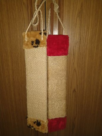 Drapaki i zabawka dla kota