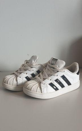 Adidas Supestar . 25