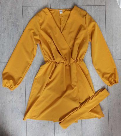 Żółta kopertowa sukienka z paskiem