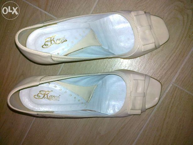 Carini piękne eleganckie buty do ślubu 39 ecru skóra, Quazi szpilki 40