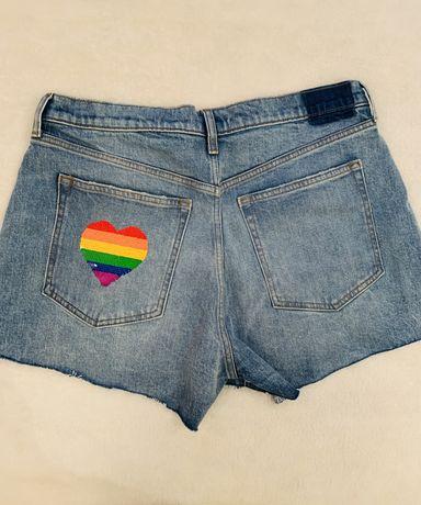 Новые шорты Abercrombie&Fitch