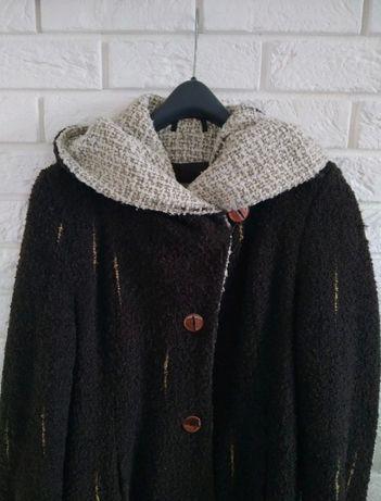 Płaszcz zimowy z wełny boucle S