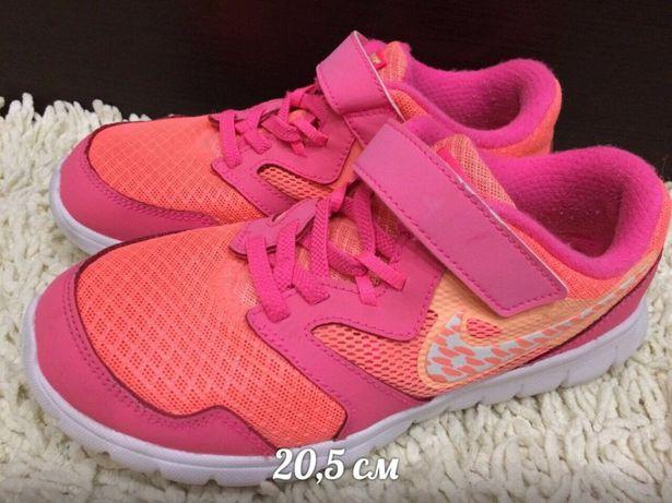 Кроссовки Nike 33 размер Оригинал Найк