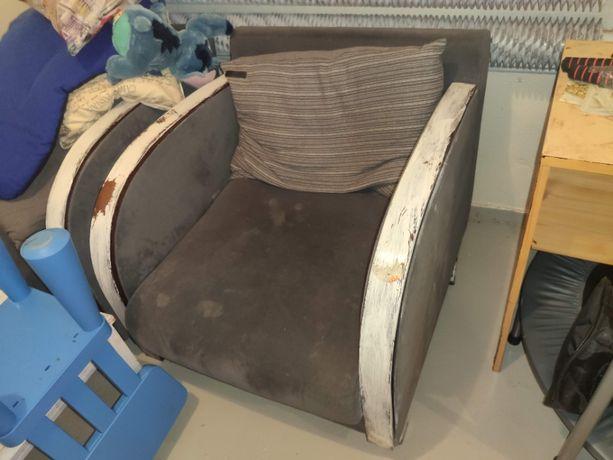 2 wygodne fotele