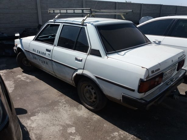 Тойота Королла 1982 год. 1.8 дизель