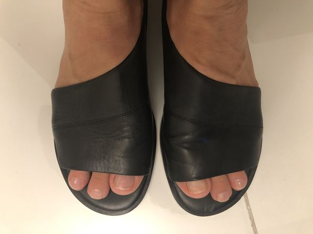 DKNY босоножки/туфли
