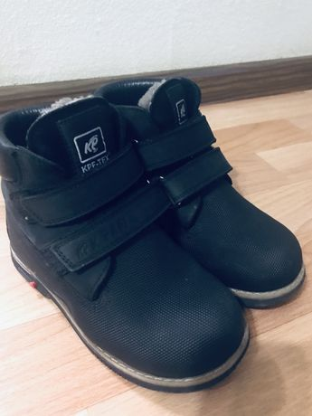 Ботинки зимние 29 размер