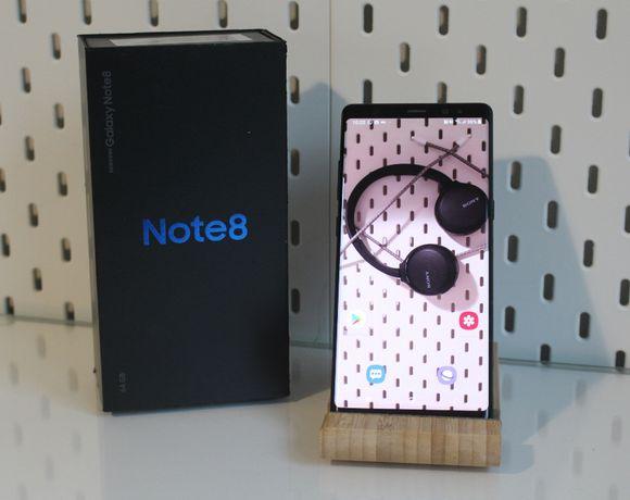 Telefon Samsung Galaxy Note 8 SM-N950 64GB Dual SIM Midnight Black