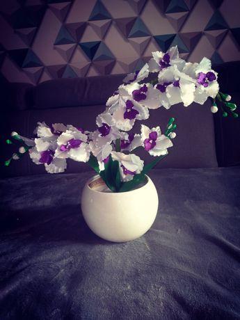 Kwiat ręcznie robiony
